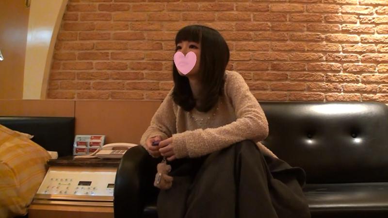 ポップティーン読者モデルまりちゃん18才が 『チューはイヤ~』と生意気な感じが可愛い!
