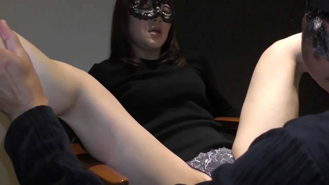 FC2 PPV 1683675 【個人撮影】アラフォー妻の性欲の捌け口として他人棒をご利用していただきました ①