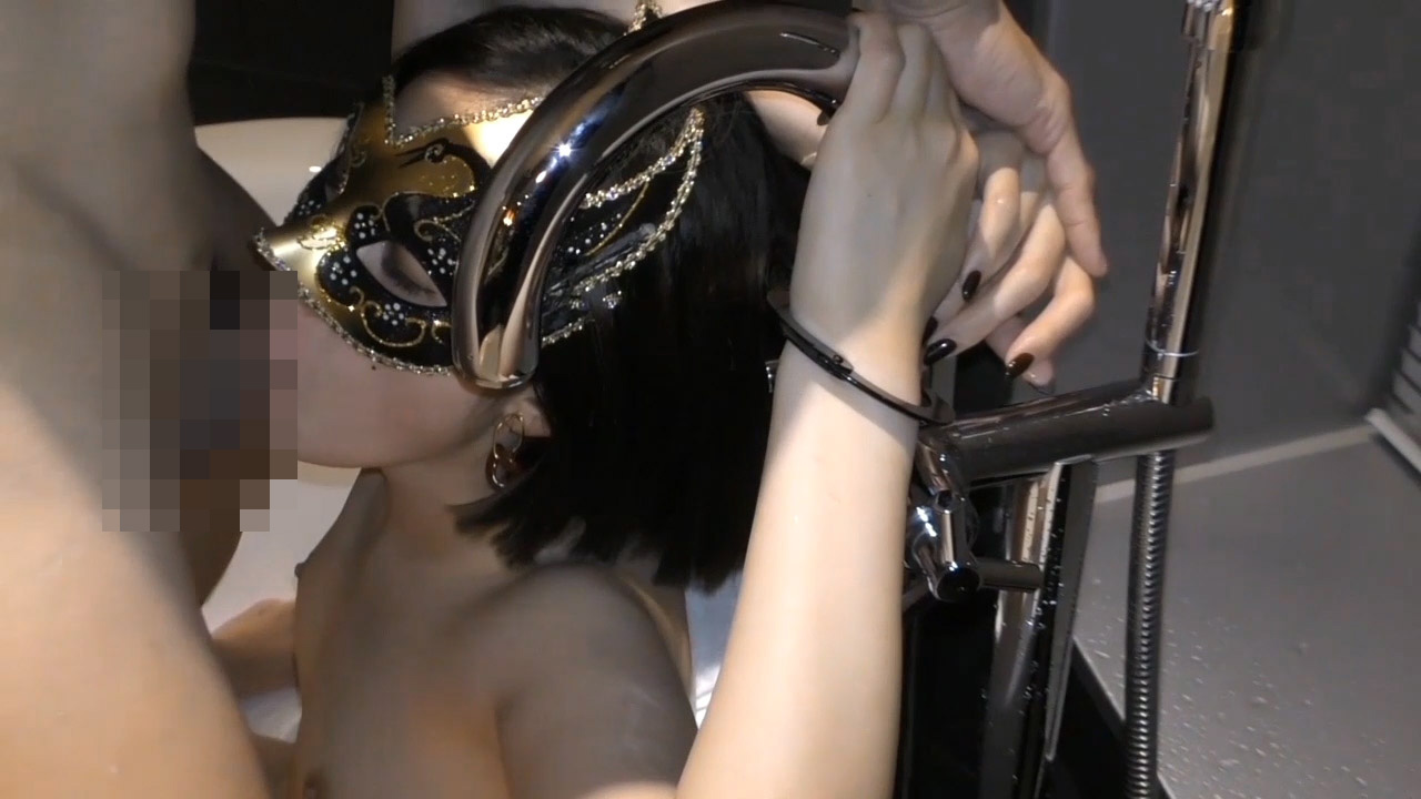 FC2 PPV 1720458 【個人撮影・セット販売】満たしたいのは性欲だけ・・・ 38歳人妻の欲求を満たすため準備した他人棒 ①&②