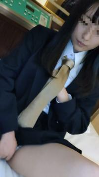 【個撮】県立普通科②色白黒髪ロングの優等生。塾の先生にハメ撮りされる。